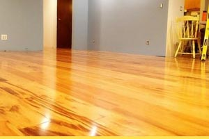 How to prepare to lay laminate and real wood flooring