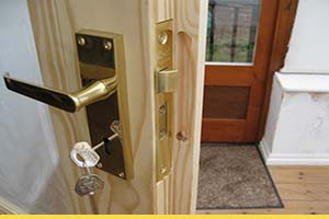 How to fit door locks