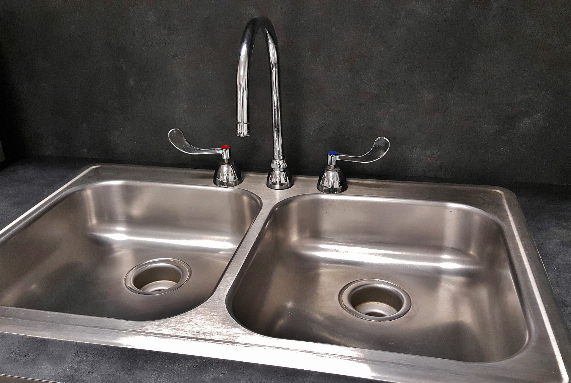 Plumber To Fit Sinks In London Handy Squad