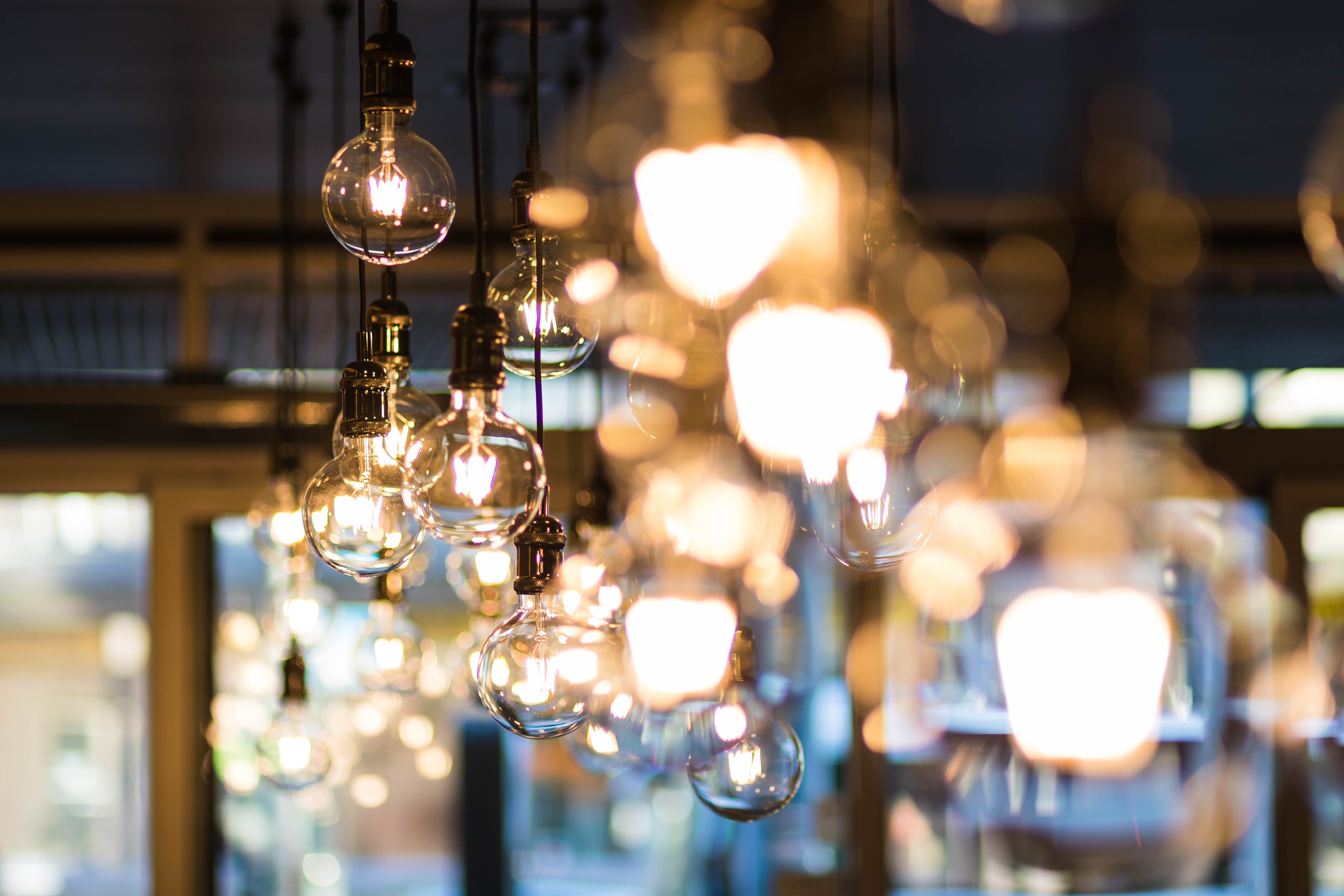 Electric Lights Installer in London - Handy Squad